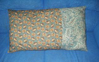 Pillow 008